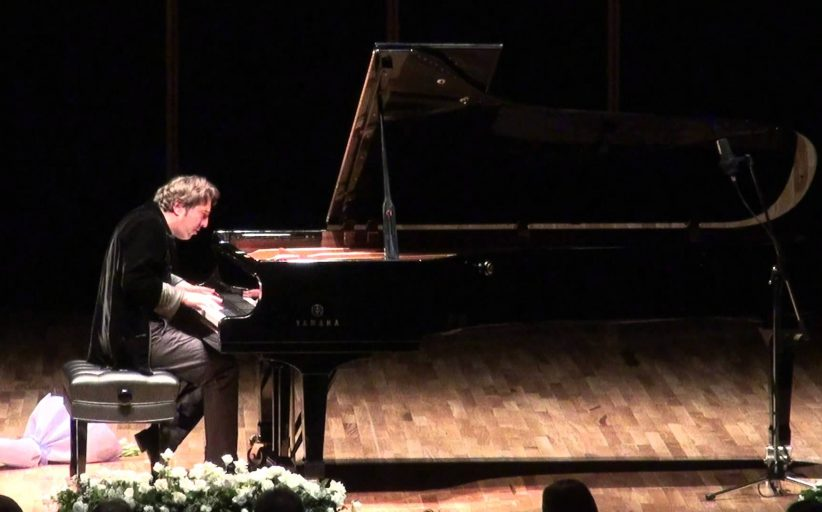 Piyanist FAZIL SAY Kimdir? Ünlü Türk Piyanistleri