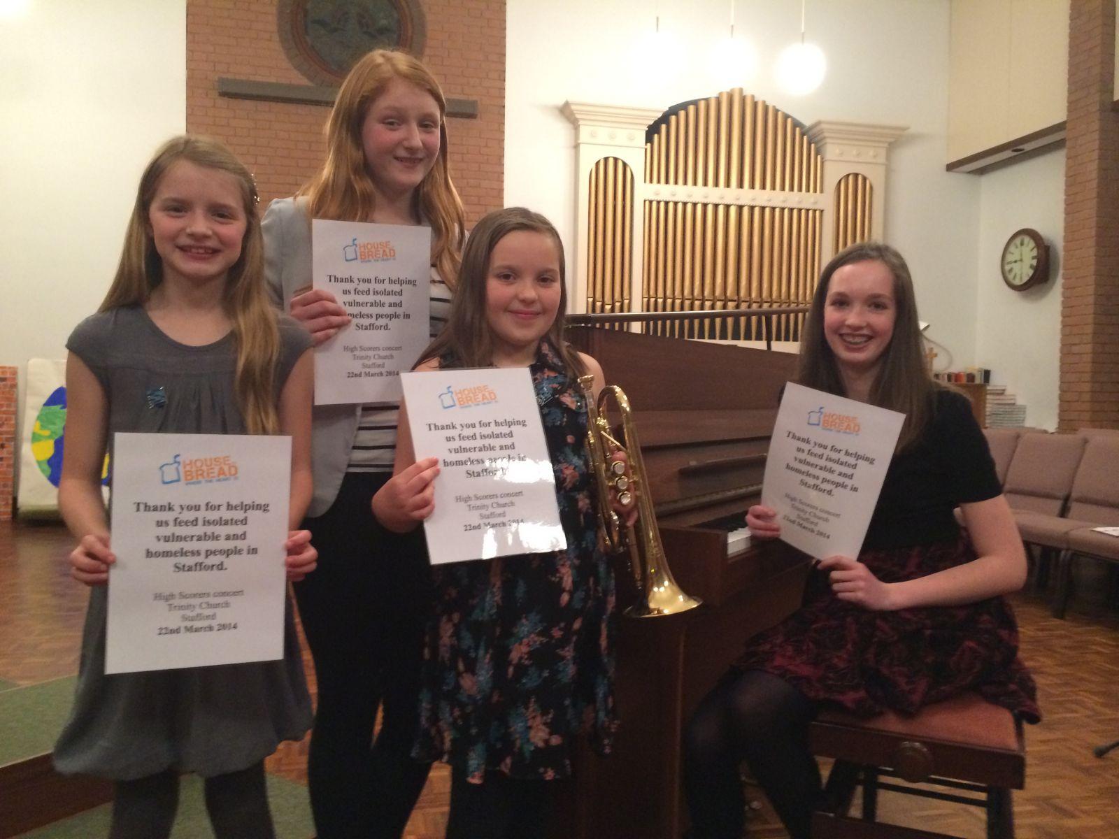 Niversite Eğitim Fakültesi Müzik Öğretmenliği Lisans Programı Amacı. Müzik Öğretmenliği Piyano Eğitimi Nasıl Olmalıdır Hedefi Nedir. Çocuk Çalgı çalan özel Ders Kurs Okul özel