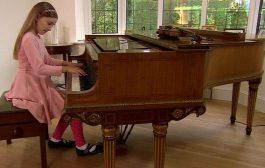 Küçük Çocuk Piyano Dersi Eğitimi Nasıl Olmalıdır. Dikkat Edilecek Hususlar Nedir?