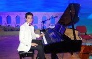 Genç Besteci GÜNEŞ YAKARTEPE Kimdir? Piyanist Kısa Bilgi